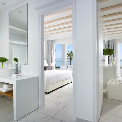 2-bedroom Deluxe Family Suite Sea View